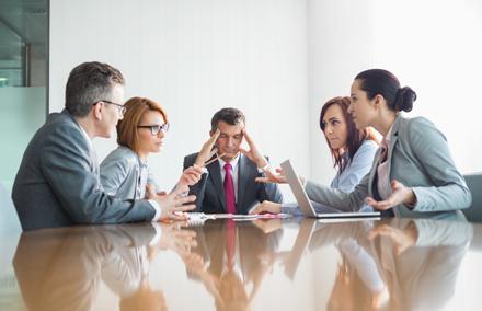 Resuelve los conflictos laborales